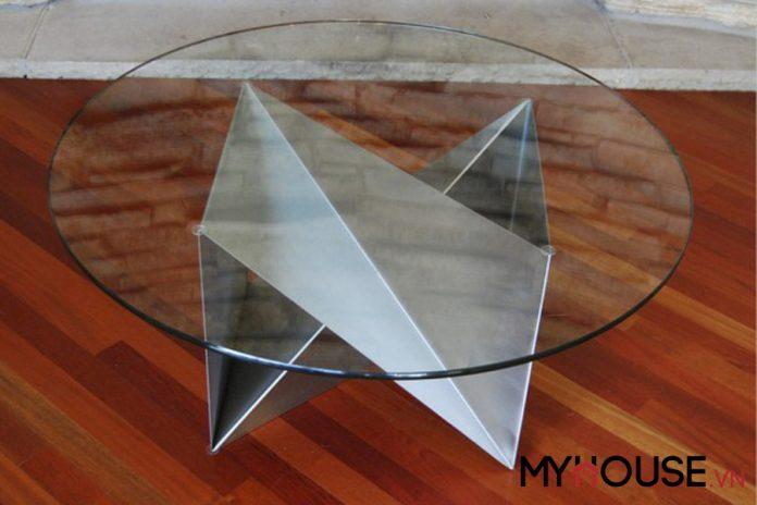 thiết kế bàn độc đáo có độ bền cao bằng chất liệu thép không gỉ