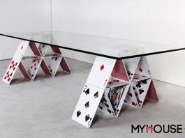Card Table (Bàn độc đáo hình lá bài)