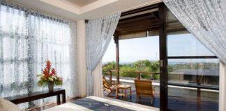 chọn rèm cửa có thể sử dụng nhiều chất liệu khác nhau để tôn lên vẻ đẹp của căn phòng