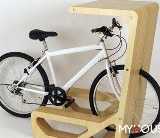 kệ độc đáo có thể để xe đạp, máy tính và có thể dùng làm bàn uống nước, làm việc