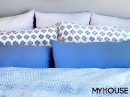 phòng ngủ màu xanh dương kết hợp với cách họa tiết xanh khác nhau nhìn tươi trẻ, thoải mái