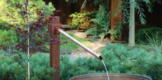 thiết kế nước chảy trong sân vườn biệt thự
